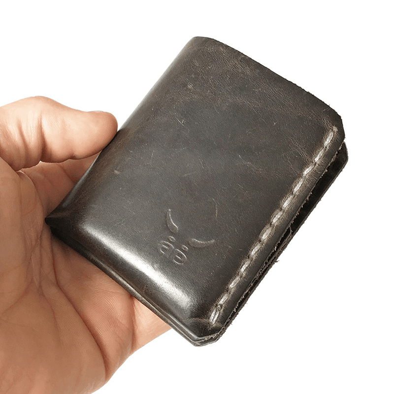 HAEUTE, man, male, small, mini, wallet, purse, made in Füssen bavaria, boys, guys, reduced, handmade, handcraft, heritage, without metal, no metal, hand seam, hand sewing, leather, quality, high quality, extraordinary, exceptional, noble